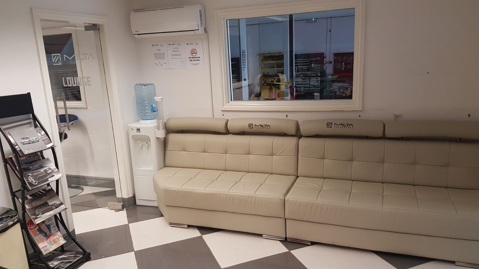 milta technology automatic gearbox repair - waiting room