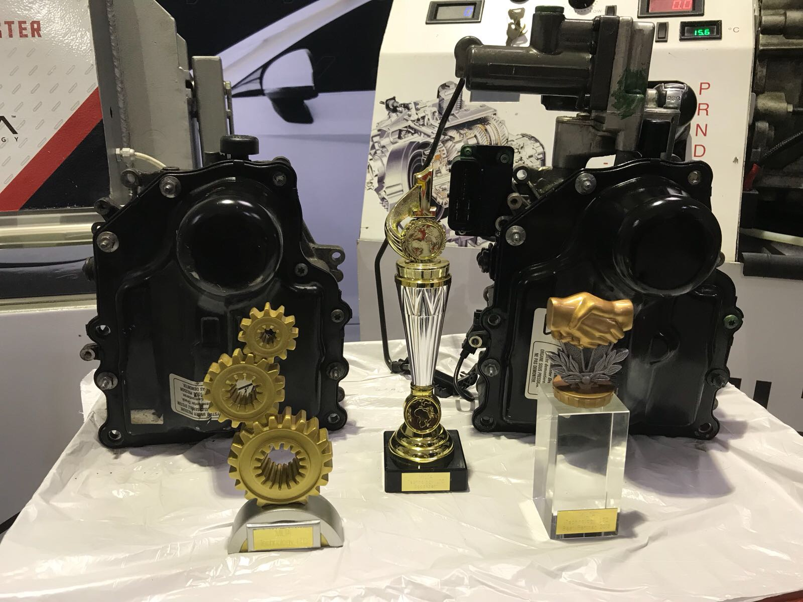 award winning automatic gearbox repair technicians